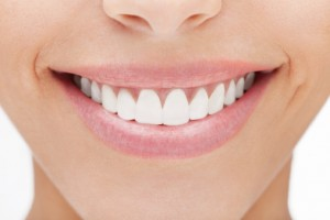 porcelain veneers can bring your smile beauty.
